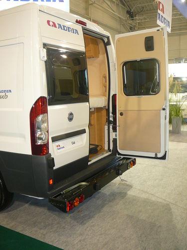 Porte moto pour camping car franssen accessoires pour camping car - Porte scooter pour fourgon ...